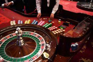 Online Slots or Roulette? The Big Debate